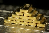 How to Invest in Gold Mining Stocks