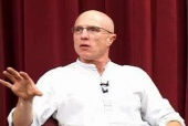 What Does it Mean to Be a Virtual CEO?, with Randy Komisar / KPCB (2004)