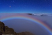 Astronomy Picture of the Day: Mars and a Colorful Lunar Fog Bow