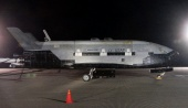 Boeing X-37B after landing at Vandenberg AFB (3 Dec 2010)