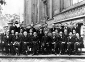 1927 Fifth Solvay Conference on Physics