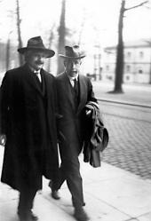 Albert Einstein and Niels Bohr