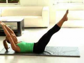 Model Fitness: Lorie Baker's Pilates Routine